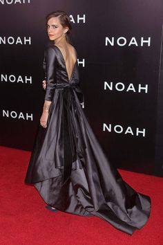 "Emma Watson Attends the ""Noah"" New York Premiere wearing Oscar De La Renta"
