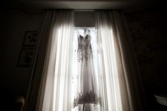 vestido; vestido de noiva; vestido noiva; vestidonoiva; dress; bride; wedding dress; weddingdress; noiva classica; noiva; noiva contemporanea; vestido princesa; vestido sereia; vestido bordado; vestido rendado; vestido dia; casamento dia
