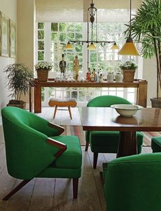 Common Dining Armchair Styles and Materials