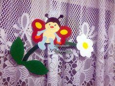 Fluturas pe floare
