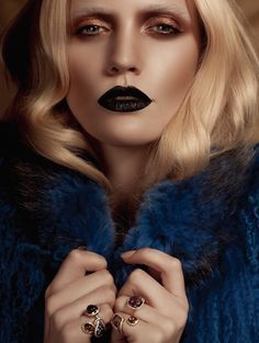 Elements: Beauty From Within The Earth's Crust Beauty Editor: Lan Nguyen Grealis Website: www.lan-makeup.com Twitter/Instagram: @lanslondon Photographer: Catherine Harbour Website: www.catherineharbour.com Twitter: @catherineharbou Hair: Adlena Dignam Fashion Director: Rebekah Roy Model: Unknown #MUAM #MUAMtalk