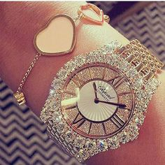 Bling it on Stylish Watches, Luxury Watches, Jewelry Accessories, Fashion Accessories, Fashion Jewelry, Swarovski, Beautiful Watches, Diamond Are A Girls Best Friend, Fashion Watches