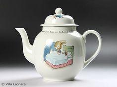 Wedgwood Peter Rabbit teapot