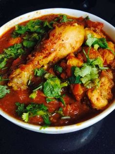 My Experiments with Food: Bangladeshi Style Chicken Curry