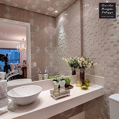 Modern Bathroom Vanity Lighting Ideas For Inspiration Bathroom Design Small, Bathroom Layout, Bathroom Interior Design, Modern Bathroom, Bathroom Storage Over Toilet, Toilet Room, Bathroom Toilets, Bathroom Mirror Lights, Bathroom Vanity Lighting