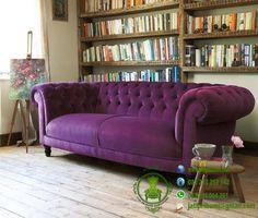 Sofa Chester Purple www.jatipribumi.com  adalah sofa minimalis desain classic khas sofa mewah dan berkelas eropa.