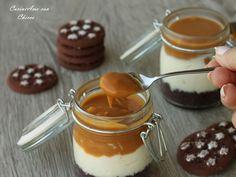 Cheesecake nel barattolo al cioccolato e caramello salato è una vera e propria ghiottoneria! Poi la cosa carina di comporla nel barattolo cosi se si vuole