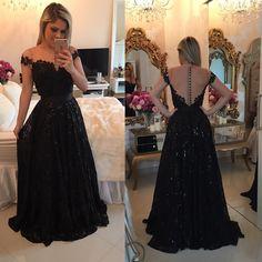 """17.8 mil curtidas, 260 comentários - Atelier /Vestidos Barbara Melo (@atelierbarbaramelo) no Instagram: """"Pq um pretinho deuso, sempre vai Muuuuito bem! ✨ (Lembrem-se.. Os vestidos podem ser feitos no…"""""""