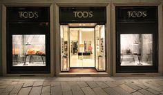 best-window-displays_tods_2013_christmas_marialuisa-cortesi_05.jpg (2253×1326)