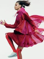 Meet The Other Kind Of Nike Swoosh #refinery29  http://www.refinery29.com/2015/03/83730/sacai-nike-collaboration-campaign