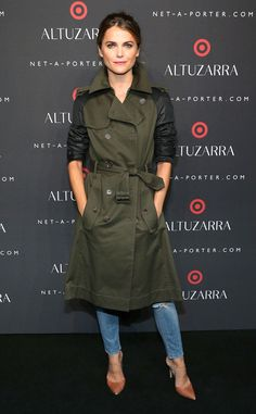 Keri Russell from Stars at New York Fashion Week Spring 2015 The Americans actress looks fab in her Altuzarra for Target trench coat. Vogue Fashion, Fashion Week, Winter Fashion, Fashion 101, Krysten Ritter, Kirsten Dunst, Kate Bosworth, Keira Knightley, Kate Moss