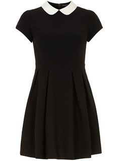 Black/white collar dress