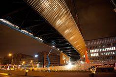 An infrastructure landmark by DVVD; http://www.livegreenblog.com/landscaping/an-infrastructure-landmark-by-dvvd-11807/