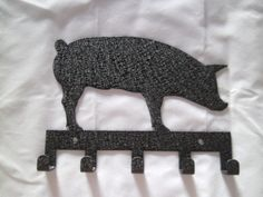 Show Pig Key Holder. $15.00, via Etsy. i dont have enough keys for this so maybe ill get it for necklaces!