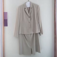 Jones New York Skirt and Jacket Set Jones New York tan suit, with skirt and jacket. Size 12. Smoke free home. Jones New York Other