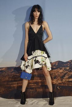 Roberto Cavalli Resort 2016 Collection Photos - Vogue