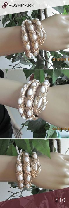 Shop Women's Gold White size OS Bracelets at a discounted price at Poshmark. Description: This beautiful gold and white bracelet stretches and twist NWOT. Snake Bracelet, Stretches, Jewelry Bracelets, Womens Fashion, Gold, Closet, Beautiful, Things To Sell, Style