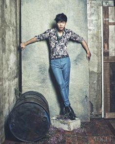 Lee Seung Gi, Yoon Yeo Jung, Kim Hee Ae, and Lee Mi Yeon - Vogue Magazine February Issue '14