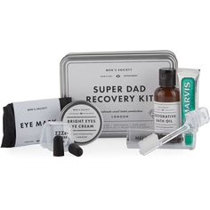 Men's Society Super Dad Recovery Kit (140 RON) ❤ liked on Polyvore featuring men's fashion, men's grooming, mens travel kit and mens grooming kit