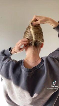 Clip Hairstyles, Pretty Hairstyles, Hair Upstyles, Aesthetic Hair, Hair Videos, Hair Today, Hair Hacks, Hair Trends, New Hair