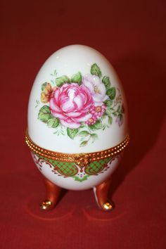 Vintage Hand Painted Porcelain Egg Shaped Trinket Box w/ Gilt Feet, Brass Ring