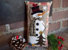 Country Christmas Snowman Shelf Pillow Tuck by rustiquecat on Etsy