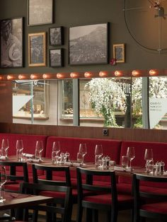 Restaurant La Brasserie Restaurants, Table Settings, Hotels, Restaurant, Place Settings