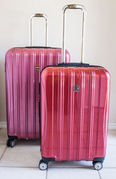 Looking for the best suitcases for travel? And how to choose the best travel suitcase size for you? Check out this list of the 11 best suitcases including tips on suitcase sizes, best suitcase brands, hard shell vs soft shell, and much more! Best Travel Luggage, Buy Luggage, Kids Luggage, Luggage Sets, Best Suitcases, Travel Suitcases, Luggage Reviews, Packing List For Travel