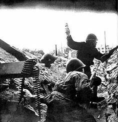 This picture show life as a soldier on the war front because it shows Russian soldiers in the battle of Stalingrad. This pic specifically got my attention because it shows the battle in mid action