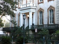 Monterey Square in Savannah, Georgia by DoNotLick, via Flickr