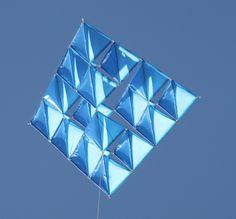 COMETAS TETRAEDRICAS: COMETAS TETRAEDRICAS CON ICAREX Kite, Triangles, Architecture, School, Inspiration, Decor, Kites, Pipes, Arquitetura
