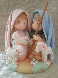 Large selection of Nativity Sets and Nativity Figures at Low Online Prices Christmas Topper, Polymer Clay Christmas, Christmas Nativity, Christmas Themes, Christmas Crafts, Xmas, Fimo Clay, Polymer Clay Projects, Polymer Clay Creations
