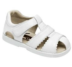 See Kai Run always create the brightest, funnest kids shoes, with great soft leather and flexible soles that allow your child's foot to move as naturally as possible.  These whites are made for walking! These white strappy sandals will go with everything and go everywhere, the perfect pick for every summer day. Also available in Pink.