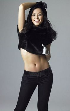 Lee Ha-nui was born on March 2, 1983 in Seoul, South Korea. She was the 2006 Miss Korea and 2007 Miss Universe 3rd Runner Up.