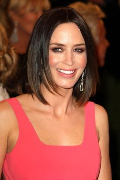 Emily+Blunt+Shoulder+Length+Hairstyles+Medium+sT1t-vCBKBNl.jpg (396×594)