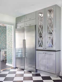 How To Decorate Kitchen Walls is very important for your home. Whether you pick the Decorating Ideas For Kitchen Walls or How To Decorate Kitchen Walls, you will make the best Kitchen Decor Ideas Decoration for your own life. Luxury Kitchens, Home Kitchens, Interior Design Living Room, Living Room Designs, Kitchen Wall Colors, Kitchen Walls, Kitchen Decor, Contemporary Kitchen Design, Minimalist Kitchen