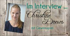 """Heute darf ich die Autorin Christine Drews auf meinem Blog begrüßen. Christine stellte sich meinen Fragen und Ihr dürft Euch auf ein richtig interessantes Interview freuen. Es gibt auch etwas zu gewinnen. Und zwar Christine`s aktuelles Buch """"Denn mir entkommst du nicht"""" als Taschenbuch. An dieser Stelle, ♥ lichen Dank an den Bastei Lübbe Verlag für das Verlosungsexemplar. Mitmachen könnt Ihr auf meinem Blog bis zum 11.06.2016 um 12 Uhr. Viel Spaß und viel Glück beim Gewinnspiel."""