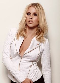 Claire Holt | The Vampire Diaries Why does she always look so hot???