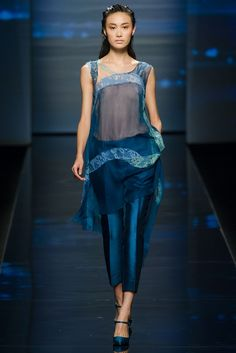 Alberta Ferretti Spring 2013 Ready-to-Wear - Collection - Gallery - Style.com
