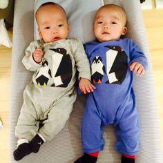 Chinese pop singer Weiqi Fan & Jianzhou Chen 's twins. Hahhaha cute cute cute!!