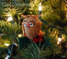 Enjoy some down time with your kids with this fun and budget-friendly way to decorate your tree.This cute owl ornament project from Miranda Becker is sure to be a hoot.
