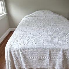 Jeni Sandberg - Barking Sands Vintage: How to Care for Vintage Chenille Bedspreads