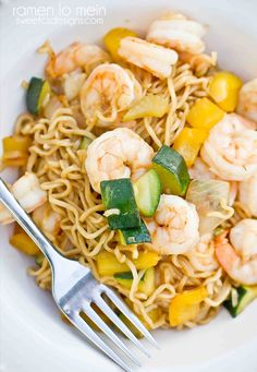 One Pot Shrimp Ramen Lo Mein - feeds 6 for under $15, and in just ONE PAN!