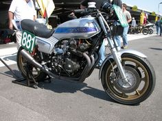 Honda Bol d'Or : Non standard Cb750, Hot Bikes, Honda Cb, Hot Cars, Cars And Motorcycles, Biker, Gallery, Vehicles, Athlete