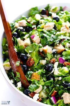 Chopped Salad Blueberry Chicken Chopped Salad -- fresh, simple, and SO tasty! Chopped Salad Recipes, Healthy Salad Recipes, Chopped Salads, Kale Recipes, Blueberry Chicken, Blueberry Salad, Summer Salads, Soup And Salad, Gluten Free Recipes
