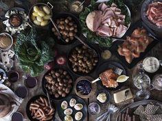 Difícil vai ser não provar de tudo. #Natal #receitas #IKEAPortugal Ikea Portugal, Ethnic Recipes, Swedish Kitchen, Dishes, Everything, Xmas, Recipes, Ideas, Restaurant