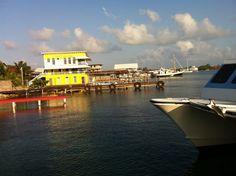Arriving in Utila by ferry from La Ceiba Utila, Roatan, Honduras, Central America, Spanish, La Ceiba, Lets Go, Centre, Spanish Language