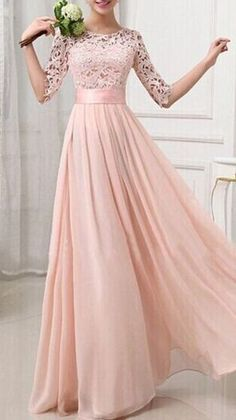 Vestido de meia manga em rosa pálido. #dresstoimpress
