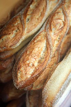 oooohhh delicious baguettes - david lebovitz #bakery, #food, https://apps.facebook.com/yangutu