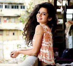 Mithila Palkar's viral song: http://www.mid-day.com/articles/when-mumbai-based-youtube-artist-mithila-palkars-song-went-viral/17038150